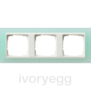 Cover frame, 3-gang for pure white Gira Event Opaque mint